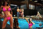 Soiree piscine pleine de poussins sexy en bikini serre